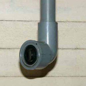 スイッチ:塩ビ管と波動スイッチを使用。