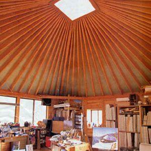 柱の無いから傘屋根