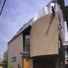 メタルアートの家